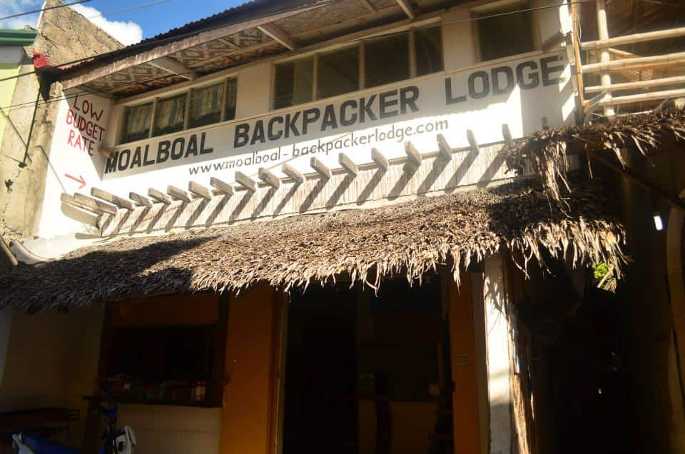 moalboal backpacker lodge
