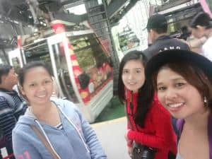 maokong gondola ride with friends